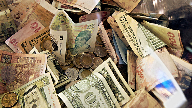 Would a Big Bucket of Cash Really Change Your Life? A New Freakonomics Radio Podcast - Freakonomics