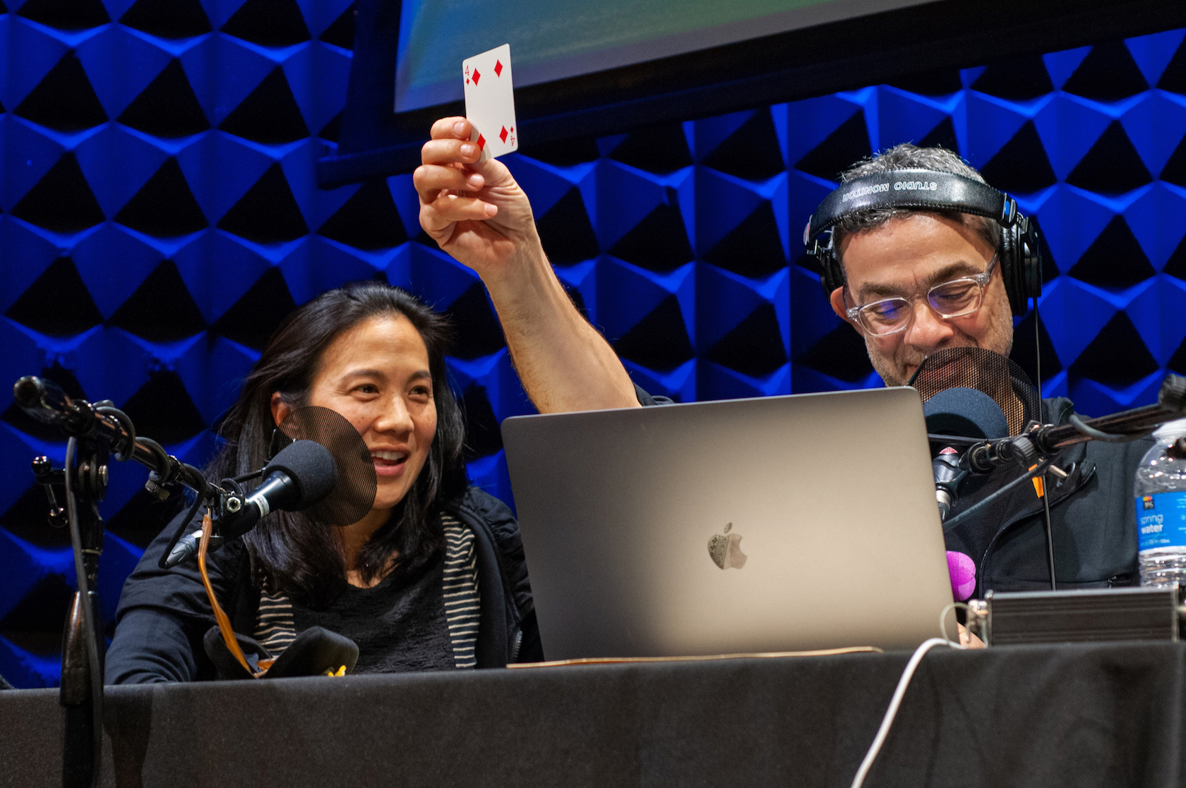 the best attitude b4144 47ea4 Angela Duckworth and Stephen Dubner test a memory athlete s skills. (Photo   Lucy Sutton)