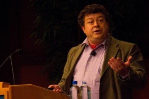 "Rory Sutherland presenting ""Praxeology: Lessons from a Lost Science"" (Photo: Betsy Weber)"