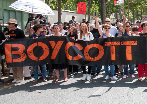 Boycotts can generate a lot of media attention. But do they really work? (photo: Jean-François Gornet, cropped)
